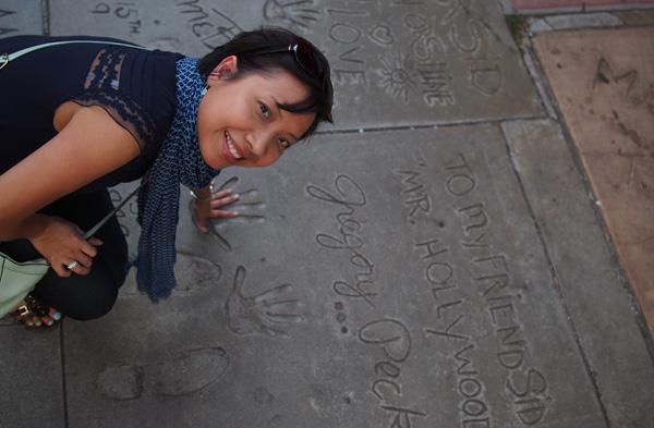 Hollywood_GregoryPeck_handprint