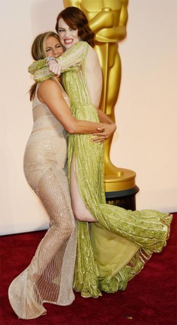 Aniston_Stone_Oscar2015