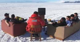 AntarticaAYearOnIce_Pic1