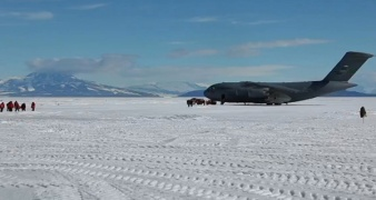 AntarticaAYearOnIce_Pic6