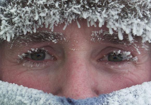 AntarticaAYearOnIce_Powell