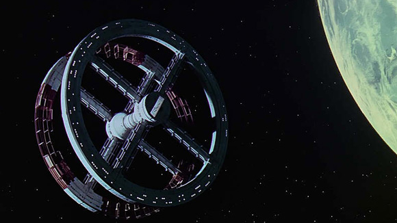 2001_spaceship
