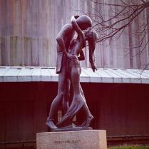 Romeo & Juliet statue on Shakespeare Garden