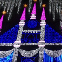 Awesome Christmas light show on Saks Fifth Ave Bldg