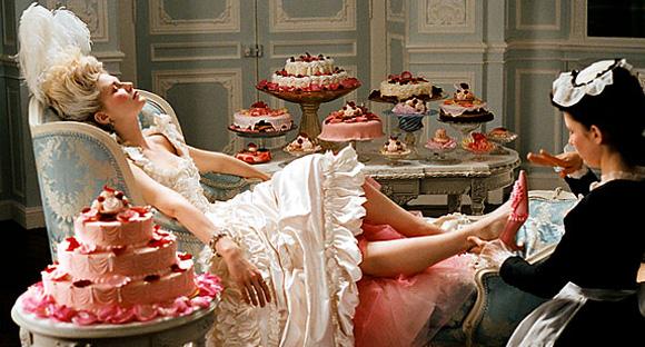 MarieAntoinette_Cake