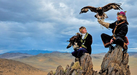 eaglehuntress_still1