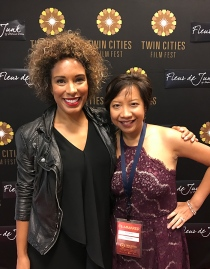 With HW's lead actress Sam Simmons