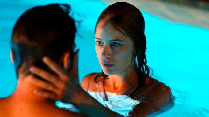 undine-movie-pool-scene