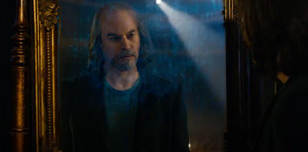 Matrix-Resurrections-Neo-mirror